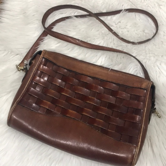 Handbags - Vintage Woven Leather Purse